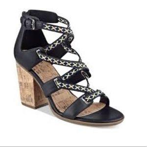 Indigo Rd. Block Heel Sandals